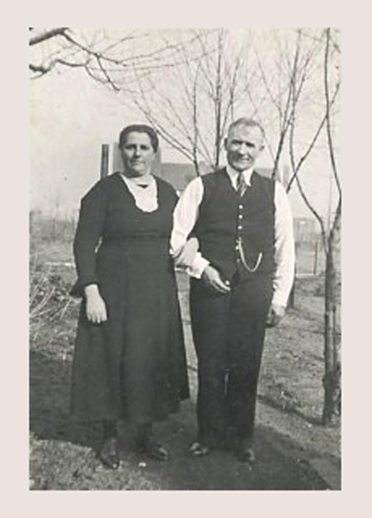 1943 - Oma & Opa Janssen in Geleen