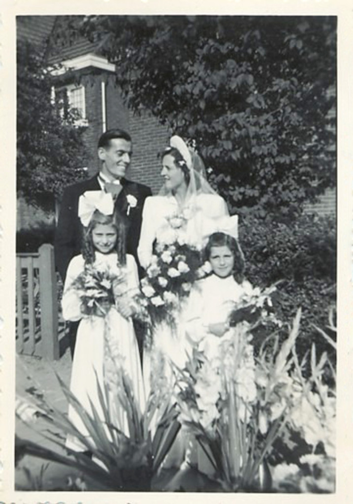1950 - Wim & Mariet; and with Flower girls Corrie & Nellie
