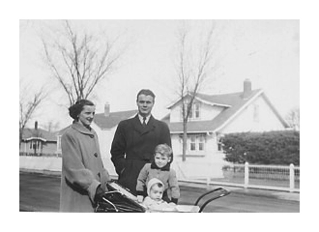 955 - Hino with Mom, Willie & Paul in Saskatoon