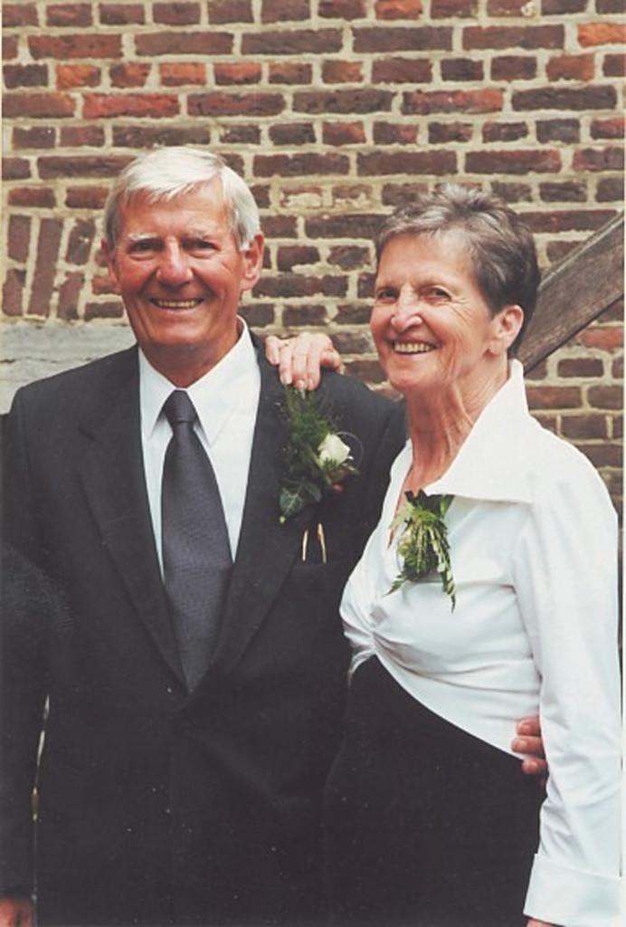 2000 - 8 August - Willem & Mariet Janssen on their 50th Anniversary